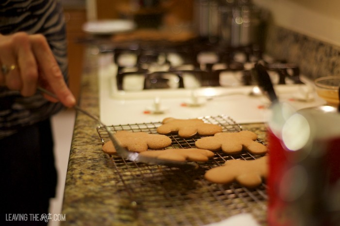 Gingerbread cookies cooling rack